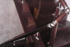 лестница-из-дерева-со-стеклом