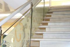 лестница-светлая-на-второй-этаж