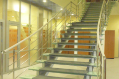 стеклянная-лестница