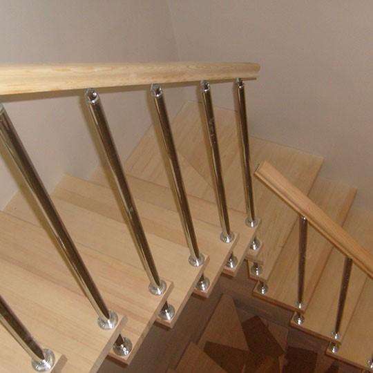 стандартные перила для лестниц в частном доме
