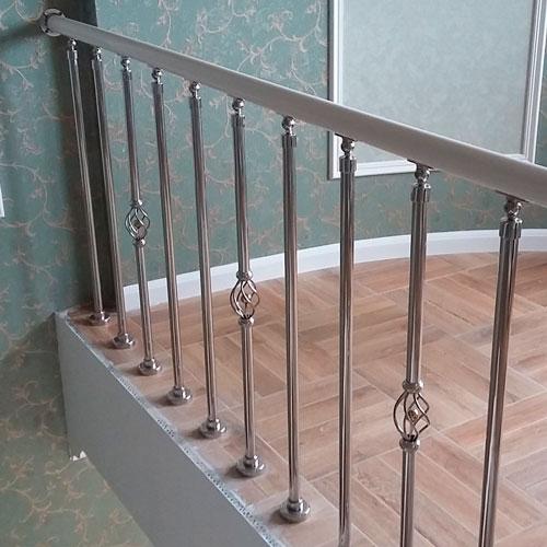 перила для лестниц фигурные