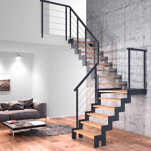 Лестница на тетиве из металла