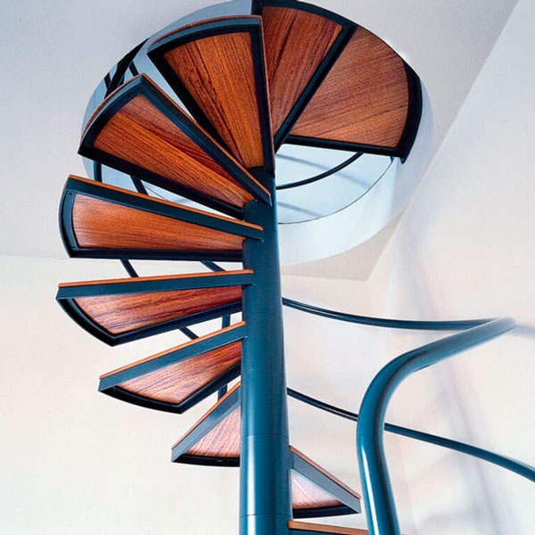 Металлокаркас на винтовую лестницу