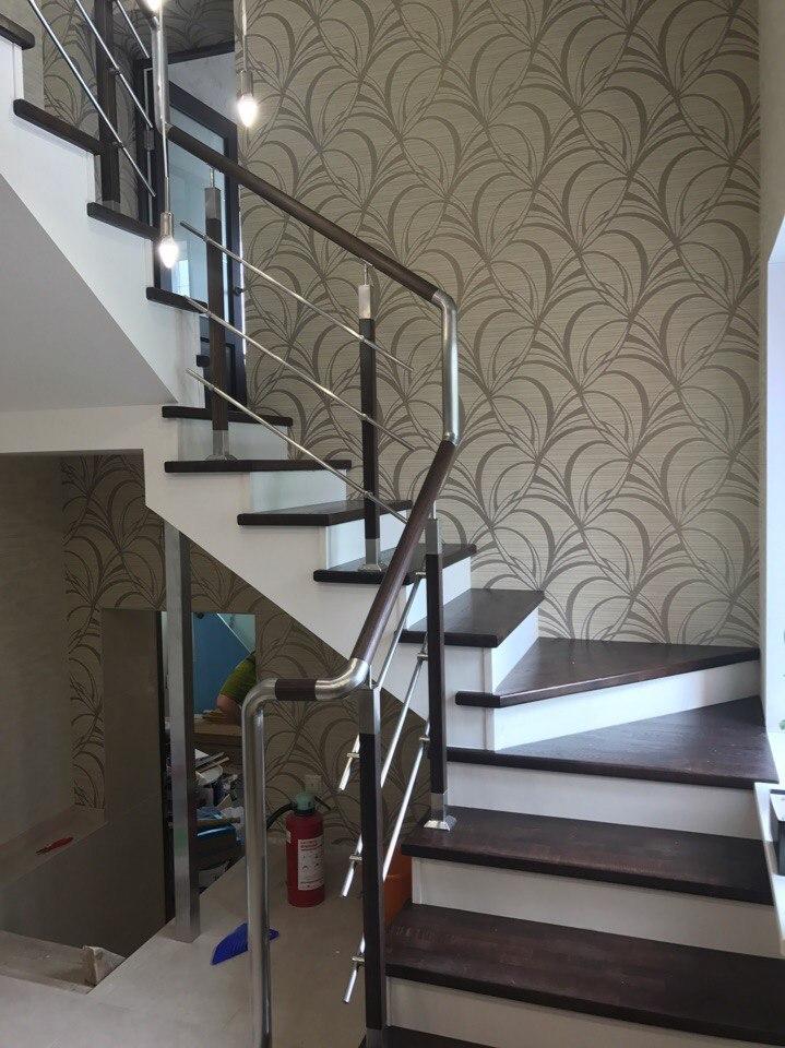 Обшитая лестница 1 этаж